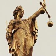 Rechtskräftig geschieden - Scheidungsurkunde vom Amtsgericht
