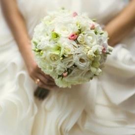 Beglaubigte Übersetzung von Heiratsurkunden: Ihre Heiraturkunde, übersetzt und beglaubigt von SL·Translations, ebnet Ihnen den Weg zu Ihrer Einbürguerng und anderen behördlichen Zwekcen